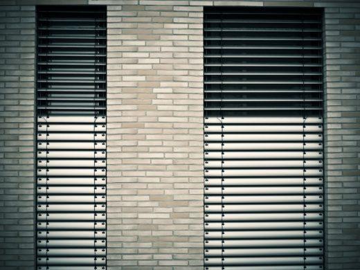 window-1232371_1280