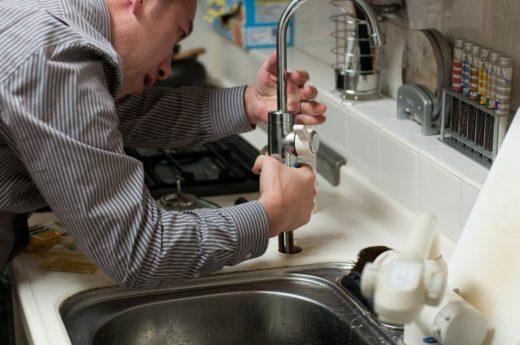 plumber-228010_1280